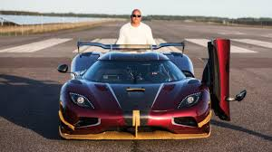 agera koenigsegg key news koenigsegg agera rs is the world u0027s fastest car 447km h