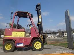 used caterpillar v400 lpg forklifts year 1981 price 4 084 for