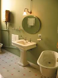 find small bathroom ideas in free online website design dan decor green wall paint bathroom good idea for small home spaces with white sink with pedestal also