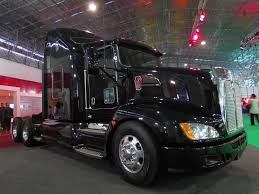 kenworth t file kenworth t 660 aerocab 2012 11973593725 jpg wikimedia commons