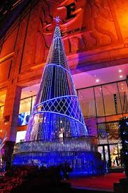 a classic christmas in london a traveler s guide wsj classic london locales great places to travel