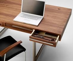 Schreibtisch Dreieckig Ak 1340 Schreibtisch Schreibtische Von Naver Collection Architonic