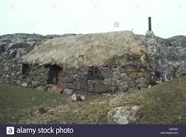 Old Fashioned House Old Fashioned Croft House On The Island Of Eriskay Outer Hebridies