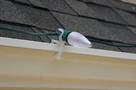 how to hang christmas lights on gutters 42 best hanging christmas lights with oksunglassesn us