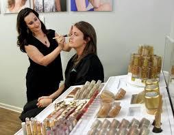 Makeup Artist Jobs Job Spotlight Leigh Anne Paul Hairstylist And Makeup Artist At