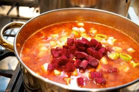 une russe en cuisine bortsch ou le pot au feu à la russe la cuisine à quatre mains