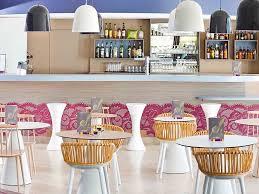 Bar F S Wohnzimmer Selber Bauen Günstiges Hotel In Arles Ibis Styles Arles Palais Des Congrès