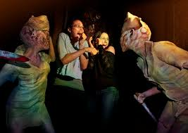 halloween horror nights silent hill lurid scream if you want to go faster the live horror