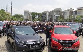honda hr v red paint color 2015 indonesia autonetmagz