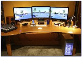 Dual Monitor Computer Desks Two Monitor Computer Desk Desk Home Design Ideas 6ldy3ywp0e24575