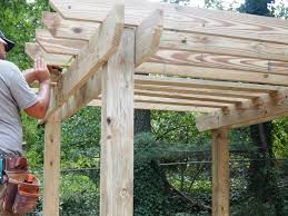 How To Make A Round Wooden Picnic Table by How To Build A Pergola How Tos Diy