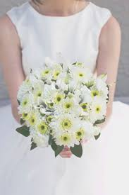 theme wedding bouquets 20 beautiful bridal bouquets for the 1950s loving chic