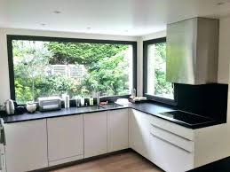 fenetre separation cuisine fenetre panoramique taille standard hauteur cuisine la dimension