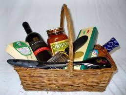 dinner gifts 10 best dinner gift basket ideas images on pinterest gift basket