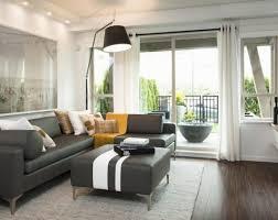 divano ottomano tende per soggiorno offerte black salotto lade sopra grigio in