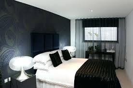 chambre tapisserie deco papier peint design chambre la dacco en noir conquiert la chambre