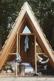 Cheap Hunting Cabin Ideas The 25 Best Diy Cabin Ideas On Pinterest Small Cabins Building