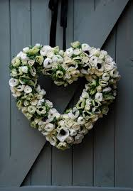 white anemone and ranunculus wedding heart decoration breakfast