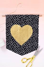 Valentine S Day Wall Decor Diy by Diy Valentine U0027s Day Wall Hangings Sarah Hearts