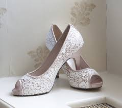 brides shoes for wedding beautiful bridal shoes to match your gown easy weddings uk