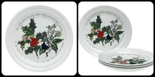christmas dinnerware best christmas dinnerware sets seasonal table settings