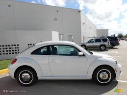 volkswagen white beetle candy white 2012 volkswagen beetle 2 5l exterior photo 55976587