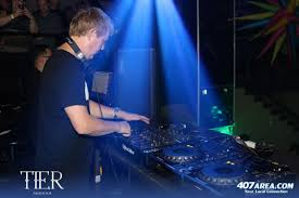 digweed spins a five sense explosion deep therapy at tier