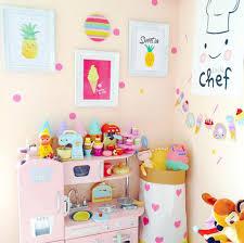 deco chambre fille décoration gourmande et colorée pour les black confetti