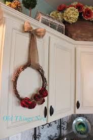 things new two wreaths plain and fancy