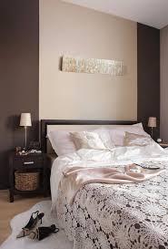 braune schlafzimmerwand welche wandfarbe fürs schlafzimmer 31 passende ideen
