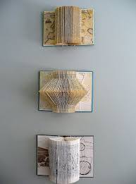 Upcycle Old Books - best 25 old book art ideas on pinterest diy crafts old books