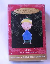 amazon com hallmark ornament linus peanuts charlie brown