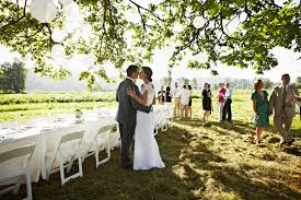 7 wedding day timeline mistakes couples make brides