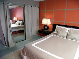 Chic Small Bedroom Ideas by Bedroom Chic Bedroom Idea With Geometric Wallpaper For Grey