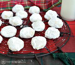 wedding cookies mexican wedding cookies a family favorite recipe