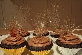 firework cupcakes for bonfire night face full of cake