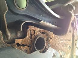 2009 jeep patriot engine cradle has rusted thru 6 complaints