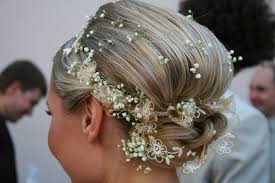 wedding flowers in hair flowers for wedding hair