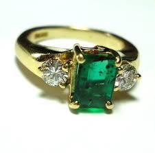 emerald stones rings images Vintage style emerald engagement rings emerald vintage wedding jpg