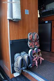 Tv Wall Mount For Rv 289 Best Rv Images On Pinterest
