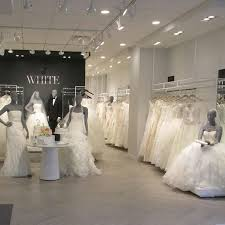 wedding shop 50 things to about finding your wedding dress brides
