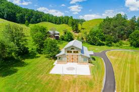 wedding venues in tn gatlinburg wedding venues 4 points farm chefs catering