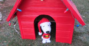 snoopy dog house christmas 7 snoopy dog house plans building snoopys for christmas