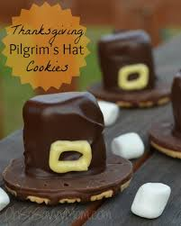 easy thanksgiving pilgrim s hat cookie treat oh so savvy