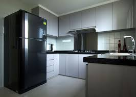 White Kitchen Cabinets With Black Countertops Wood Floor U Shaped White Wooden Kitchen Cabinet With Black Countertop On