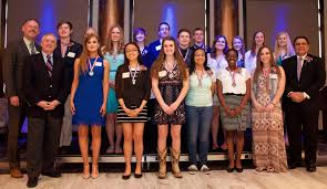 spirit halloween rockford il leaders of next generation honored at young american awards