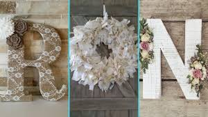 diy shabby chic style floral letters and wreath decor ideas