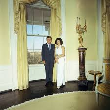 file kennedys in the yellow oval room 3 28 63 jpg wikimedia commons