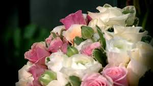best designer flower arrangements by subscription mail order from