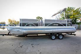 outboard boat drive lakeside marina